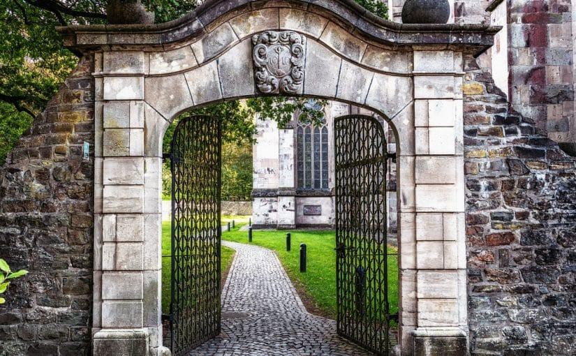 Combien coûte la pose de portail extérieur en pvc ?
