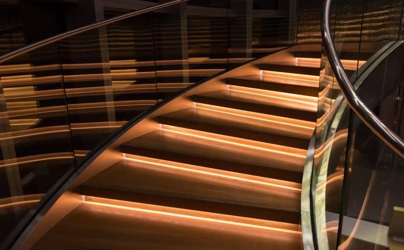 Aménagement terrasse : et si vous optiez pour le garde-corps en verre pour terrasse?